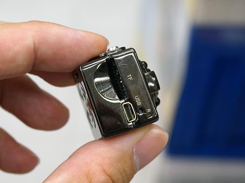 画像] サイコロサイズの超小型カ...