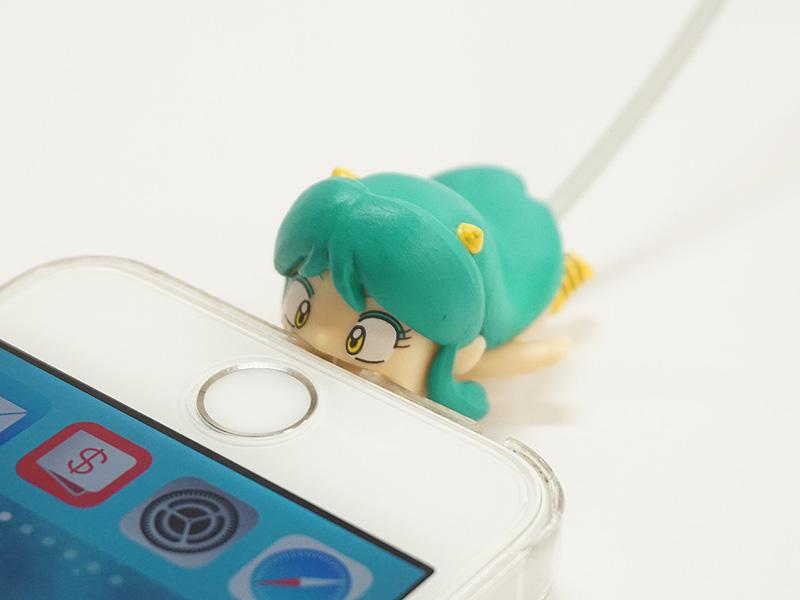 【漫画/グッズ】ラムちゃんが噛みつく!ケーブル保護グッズ「CABLE BITE」
