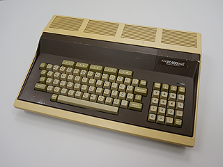 NEC PC-8001mkII (レトロな○○ギ...