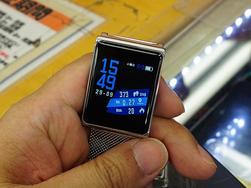 実売4,780円の格安スマートウォッチ「Finow N98」が入荷、IPSパネル搭載